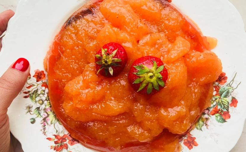 Gelatina de naranja y frutosrojos