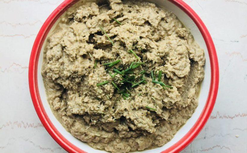 Hummus de lentejas y finashierbas